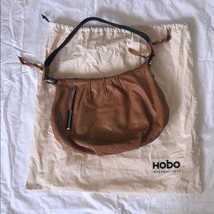 Hobo tan shoulder bag